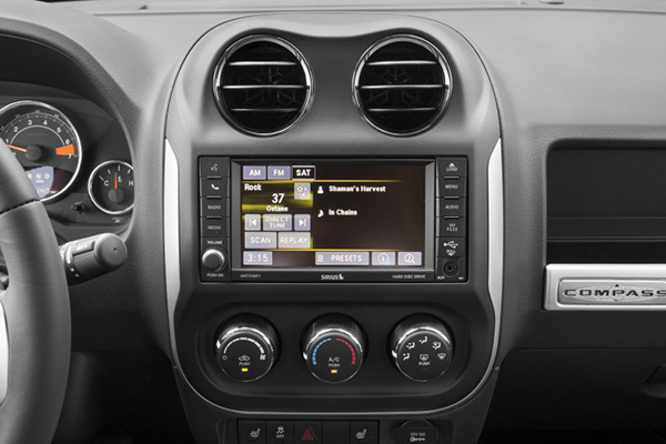Jeep-Compass-2017-Interior