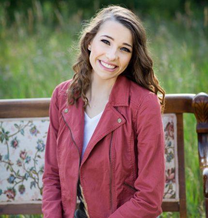 Lindsay Mennell