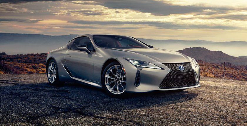 Lexus-LC-gallery-overlay-1204x677-LEX-LCH-MY18-0073_M75