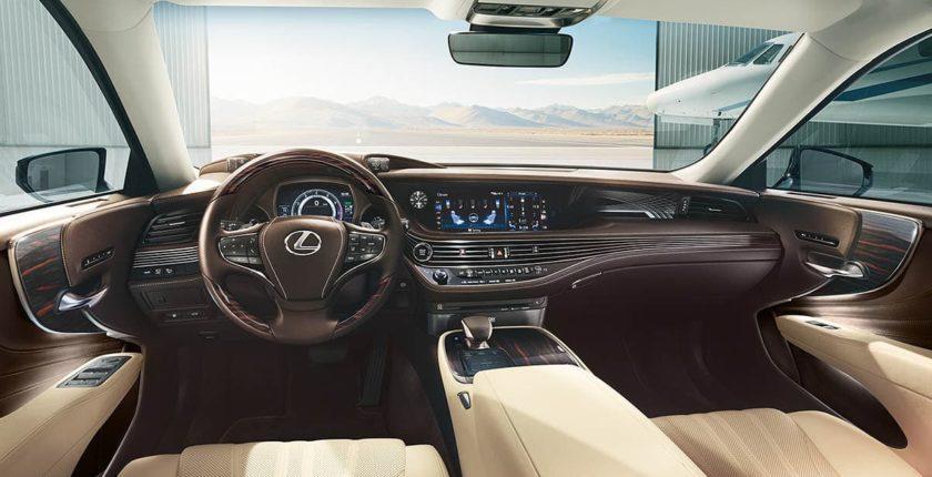 Lexus-LS-gallery-parchment-interior-overlay-1204x677-LEX-LSG-MY19-0033-02_M75