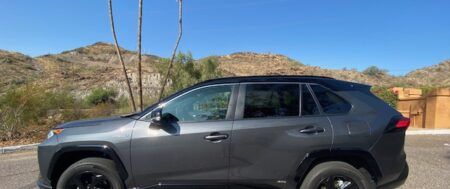 2020 Toyota RAV 4 Hybrid XSE